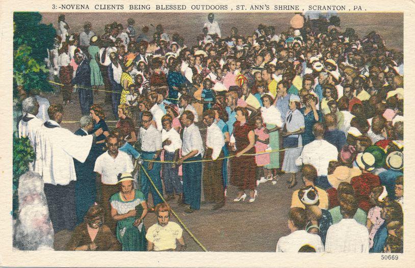 Scranton, Pennsylvania - St Ann's Shrine - Novena Clients Being Blessed - Linen Card