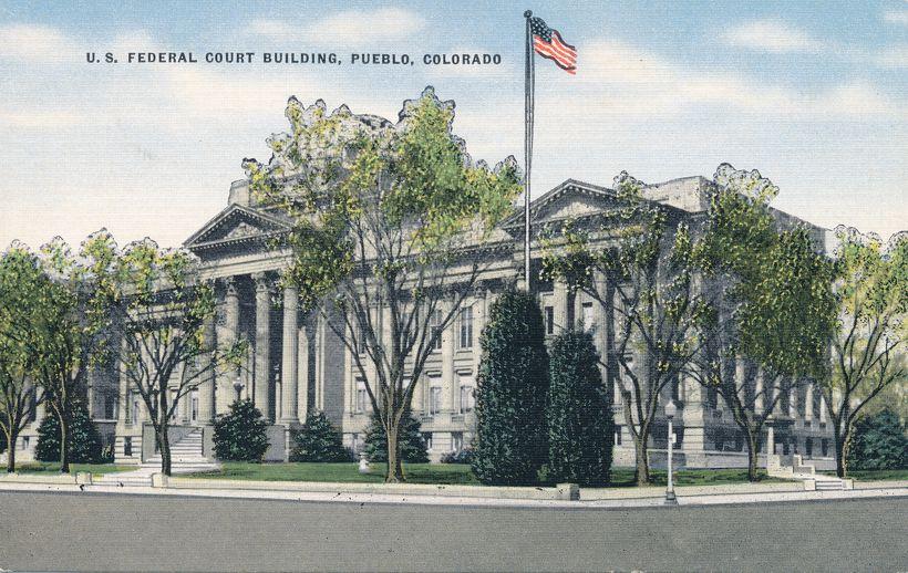 Pueblo, Colorado - Federal Court Building - Linen Card