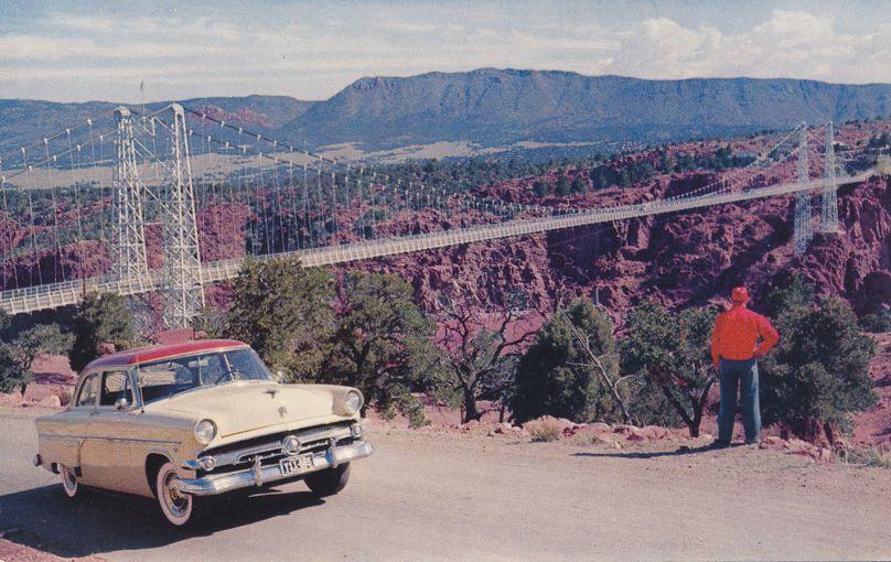 Tourist with CarViewing Royal Gorge Suspension Bridge, Colorado
