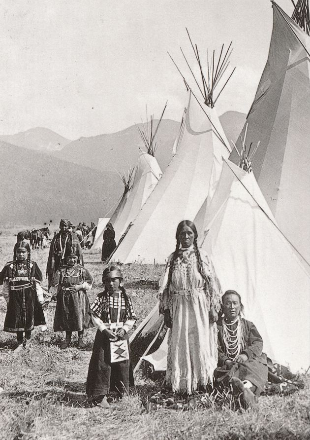 Magpie Family Salish Indians, Flathead, Montana - Western USA - Recent Print