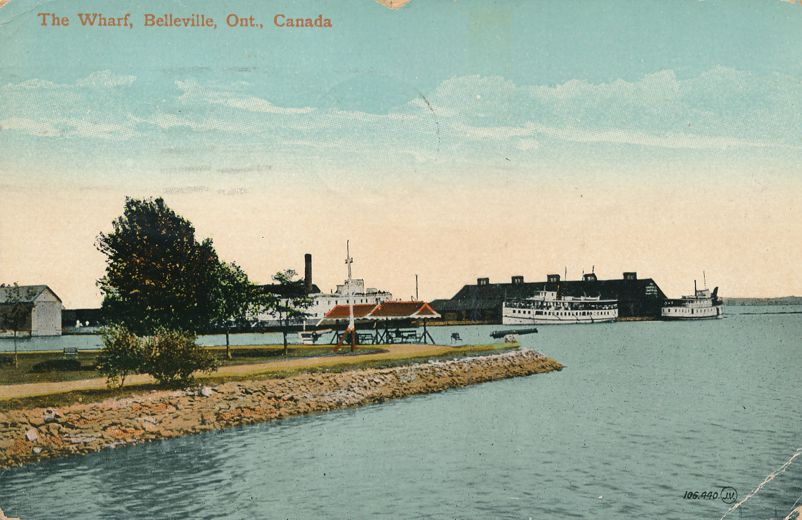 Steamer at the Wharf at Belleville, Ontario, Canada - pm 1915 - Divided Back