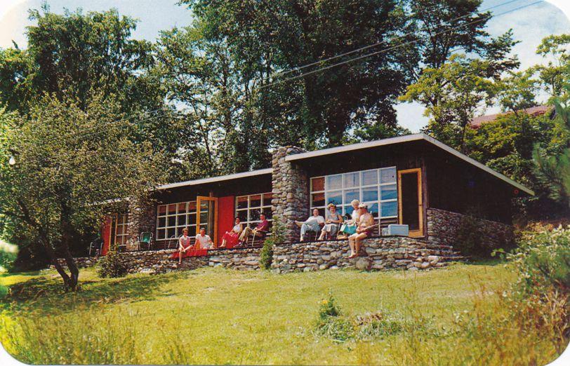 Manitou Lodges overlooking Lake Couchiching - Orillia, Ontario, Canada