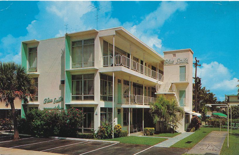 Blue Sails Apartments and Hotel Rooms - Fort Lauderdale, Florida