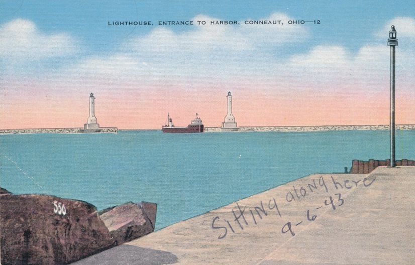 Lighthouse at Entrance to Harbor - Conneaut, Ohio - Linen Card