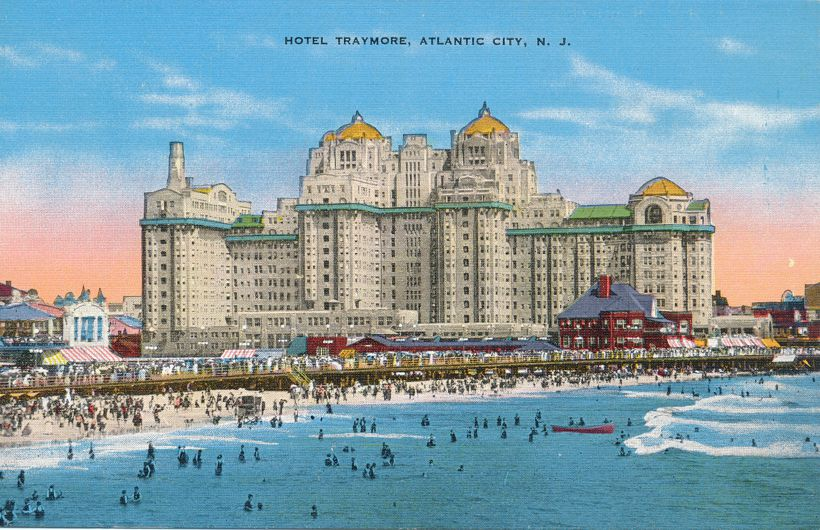 Hotel Traymoor - Atlantic City, New Jersey - Bathers and Boardwalk - Linen Card