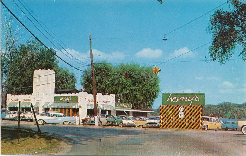 Algonac, Michigan - Henry's Restaurant - On the River - Roadside