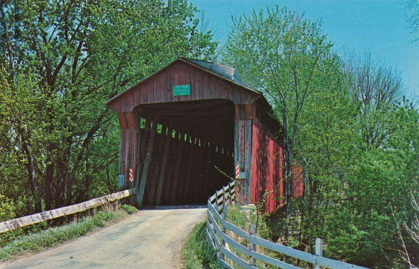 Pleasant Gardens, Indiana - Dick Huffman Covered Bridge