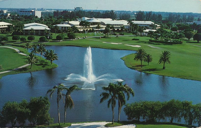 Fountain and lakes at Golf Country Club and Hotel - Doral, Florida - pm 1988 at Memphis TN