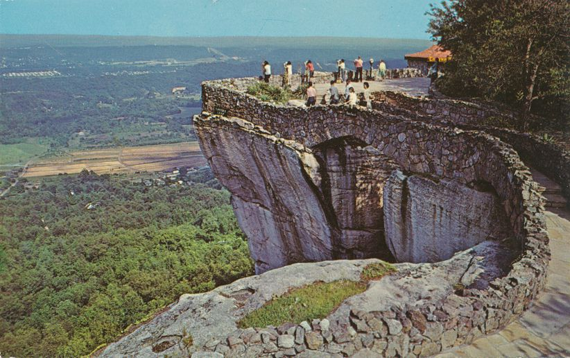 Rock City Gardens, Tennessee - Lovers Leap near Chattanooga