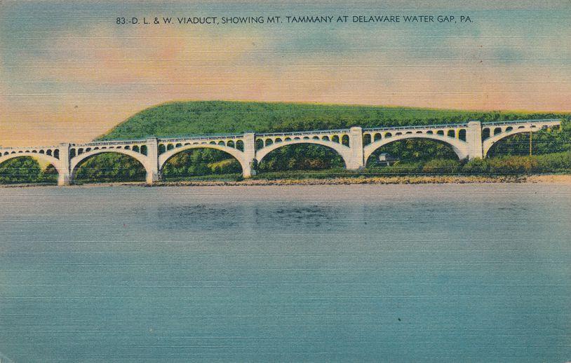 Delaware Water Gap, Pennsylvania - DL&W Railroad Viaduct - Linen Card