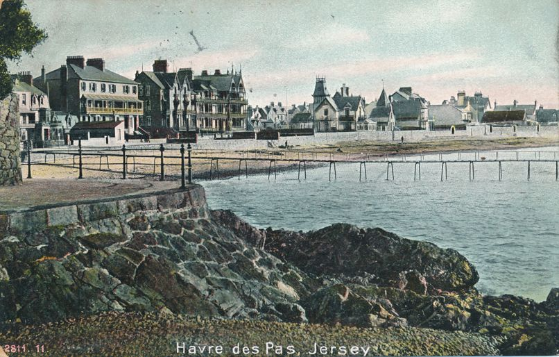 Beach Scene at Havre Des Pas, Jersey - Channel Islands, United Kingdom - pm 1907 at Spencerport NY - Divided Back