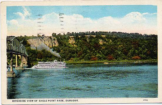 Sternwheeler on Mississippi River, View of Eagle Point Park, Dubuque, Iowa - pm 1930 Waterloo, IA