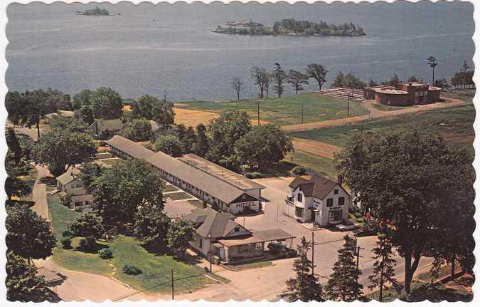 Davis Motel Brockville, Ontario, Canada - on St. Lawrence River
