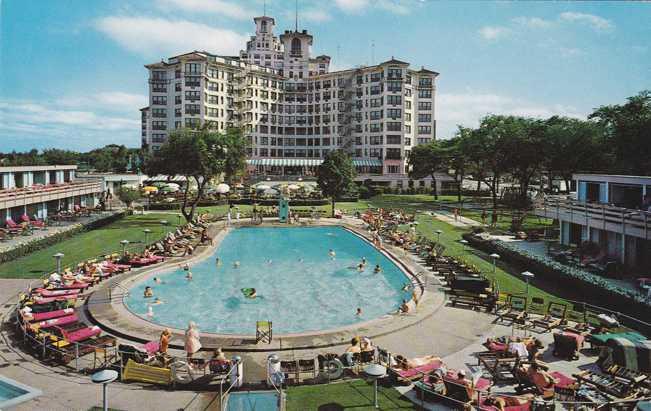 Pool at Edgewater Beach Hotel - Chicago, Illinois