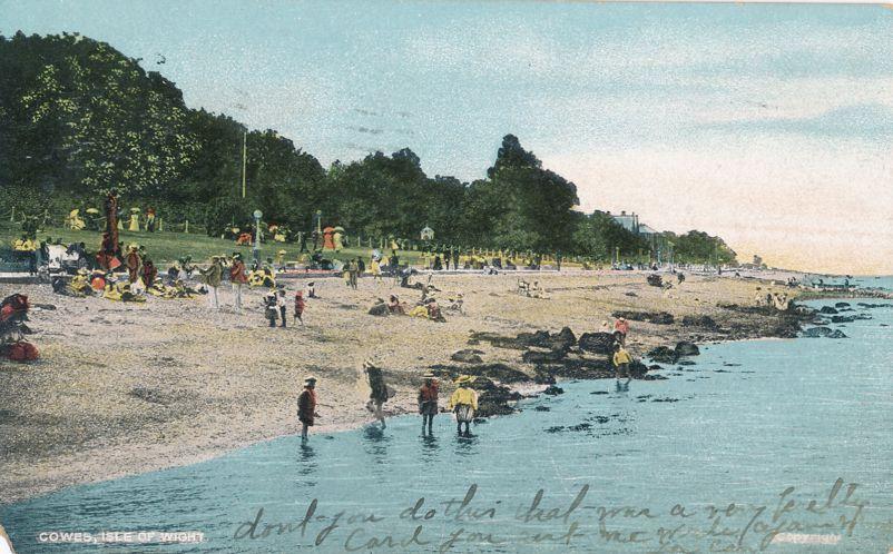Beach at Cowes, Isle of Wight - England - United Kingdom - pm 1909 at Batavia NY - Divided Back